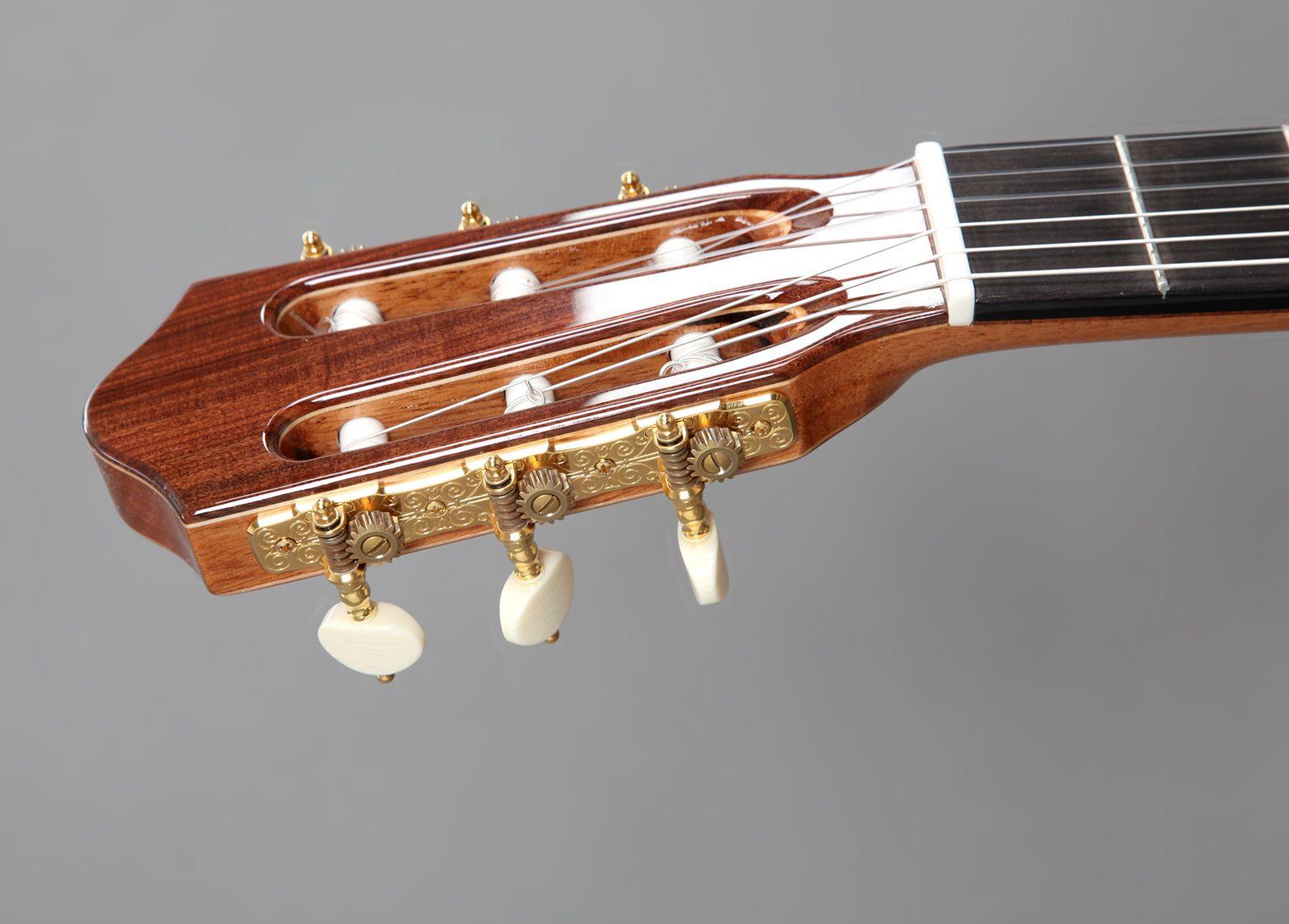 romantic_guitar09